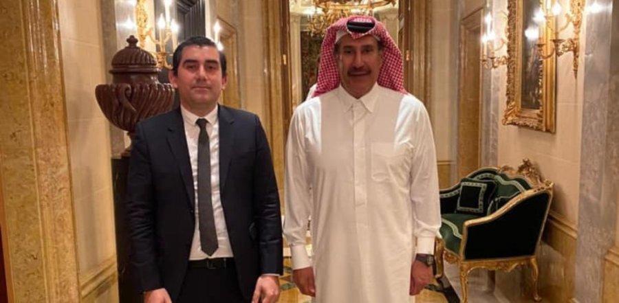 Ο δήμαρχος Σκιάθου, Θοδωρής Τζούμας, προσκεκλημένος στη Ντόχα